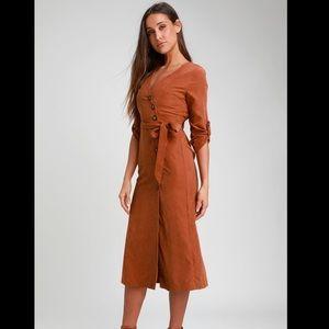 NWT LuLus Pull Me Close Suede Midi Dress